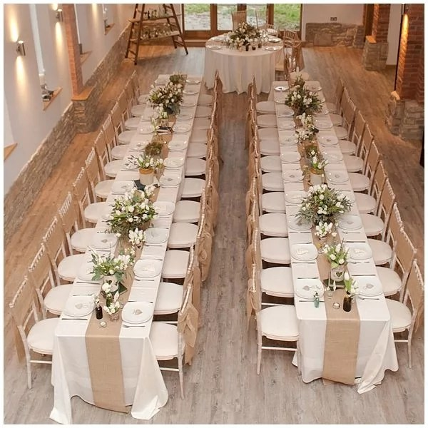 31 Trendy Rustic Wedding Table Runner Ideas To Love Trendy Wedding Ideas Blog