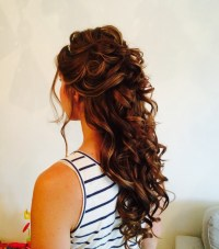 Bridal hair service for stunning wedding hair