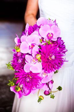 50 dos melhores buquês de casamento para noivas e empregadas domésticas © sarahleggephotography.co.uk