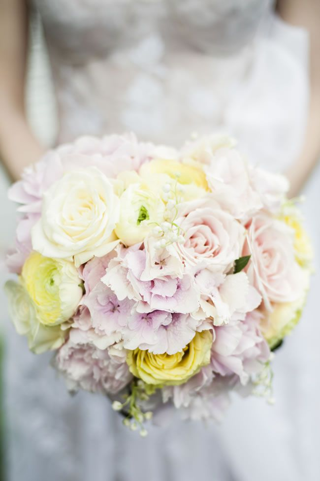 7-of-the-hottest-wedding-flower-trends-for-2015-eleanorjaneweddings.co.uk