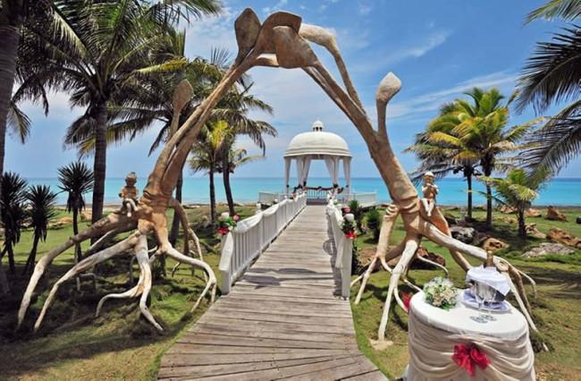 best-destination wedding--locations-weddings-abroad-cuba