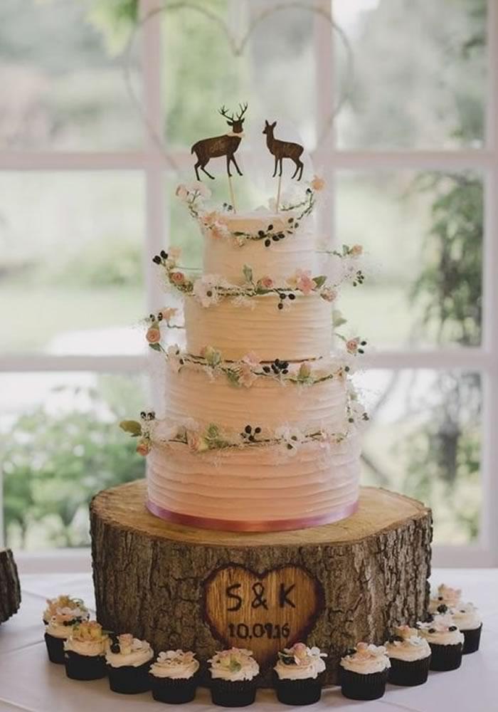 Autumn Wedding Cake And Topper Ideas Wedding Ideas Magazine