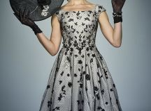 20 Mother of the Bride Outfits And Dresses For 2018