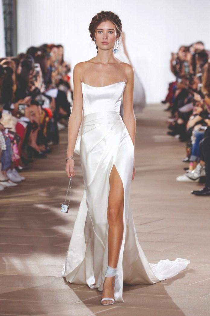 """wedding-dress-with-thigh-split """"width ="""" 800 """"peak ="""" 1200 """"srcset ="""" https://www.weddingideasmag.com/wp-content/uploads/2017/10/wedding-dress-with-thigh -split.jpg 800w, https://www.weddingideasmag.com/wp-content/uploads/2017/10/wedding-dress-with-thigh-split-200x300.jpg 200w, https://www.weddingideasmag.com /wp-content/uploads/2017/10/wedding-dress-with-thigh-split-768x1152.jpg 768w, https://www.weddingideasmag.com/wp-content/uploads/2017/10/wedding-dress- with-thigh-split-533x800.jpg 533w """"sizes ="""" (max-width: 800px) 100vw, 800px """"/> <figcaption id="""