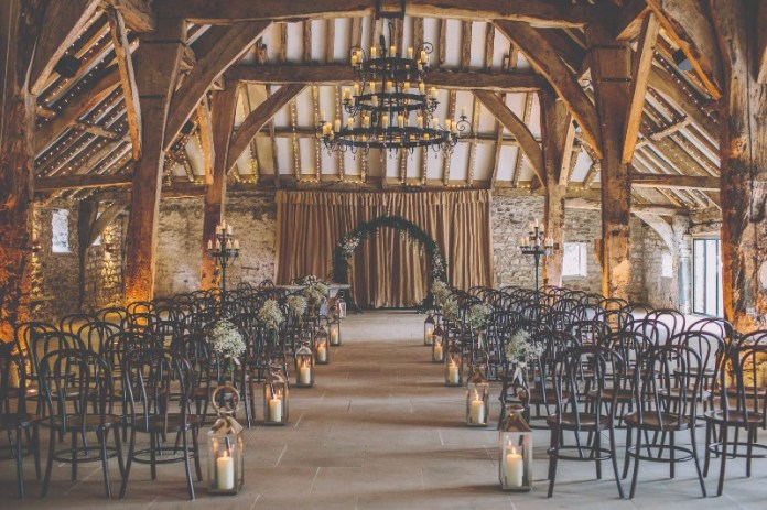 "Tithe-barn-bolton-abbey ""width ="" 800 ""top ="" 533 ""srcset ="" https://i0.wp.com/www.weddingideasmag.com/wp-content/uploads/2018/06/Tithe-barn-bolton-abbey.jpg?w=696&ssl=1 800w, https://www.weddingideasmag.com/wp-content/uploads/2018/06/Tithe-barn-bolton-abbey-300x200.jpg 300w, https://www.weddingideasmag.com/wp-content/uploads /2018/06/Tithe-barn-bolton-abbey-768x512.jpg 768w, https://www.weddingideasmag.com/wp-content/uploads/2018/06/Tithe-barn-bolton-abbey-650x433.jpg 650w ""sizes ="" (max-width: 800px) 100vw, 800px ""/></p data-recalc-dims="