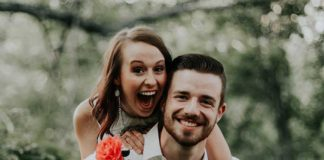 engaged-2019-happy-couple