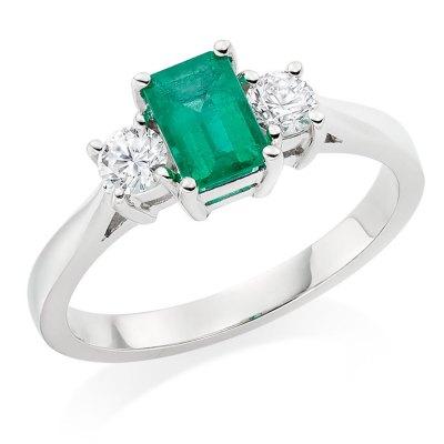 three-stone-engagement-ring-trend