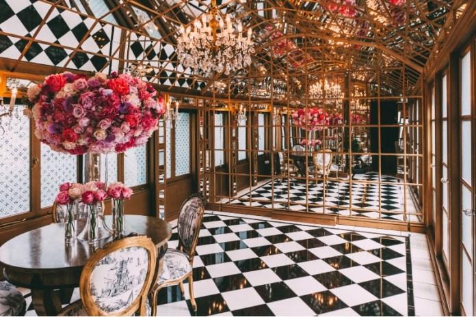 The Mirror Room at 11 cadogan square
