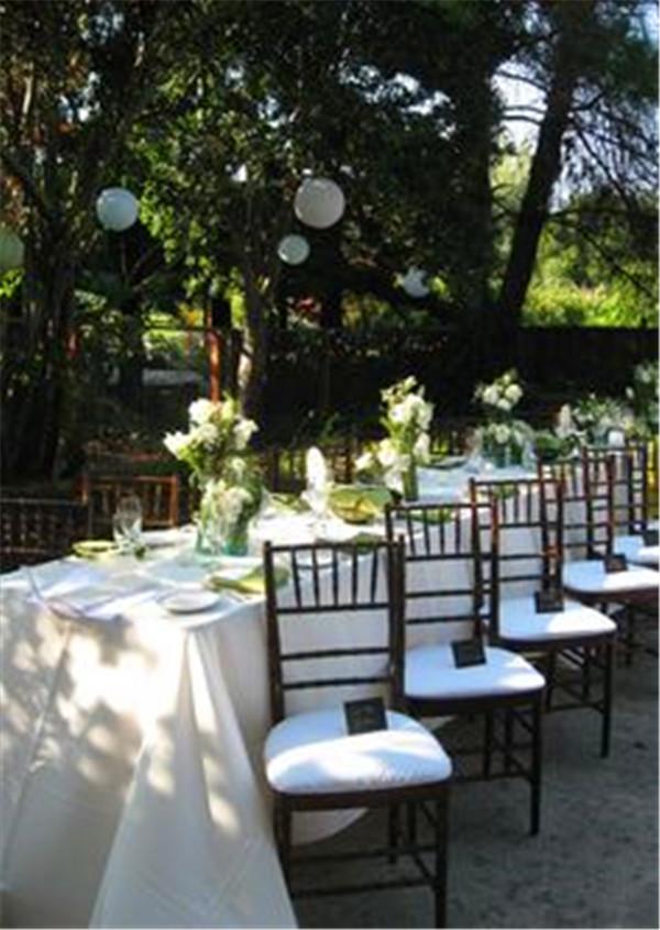 33 Backyard Wedding Ideas