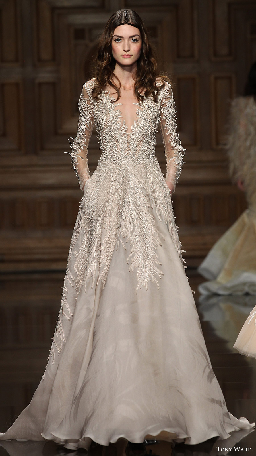 Tony Ward FallWinter 20162017 Couture Collection