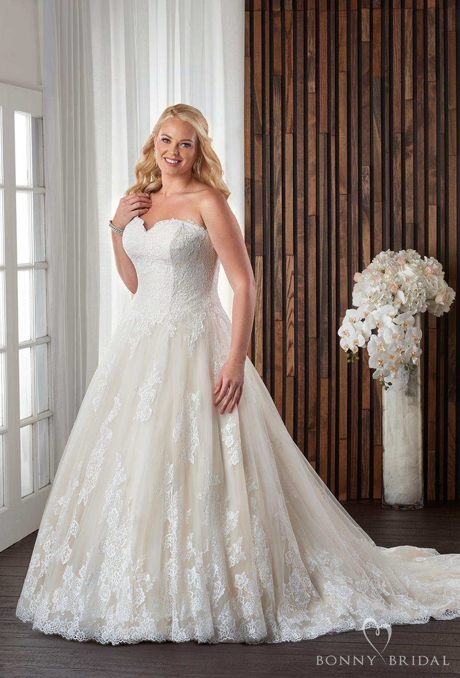 Soft Sweetheart Line Lace Tulle Wedding And Flare Neckline Fit And Dress Embellished