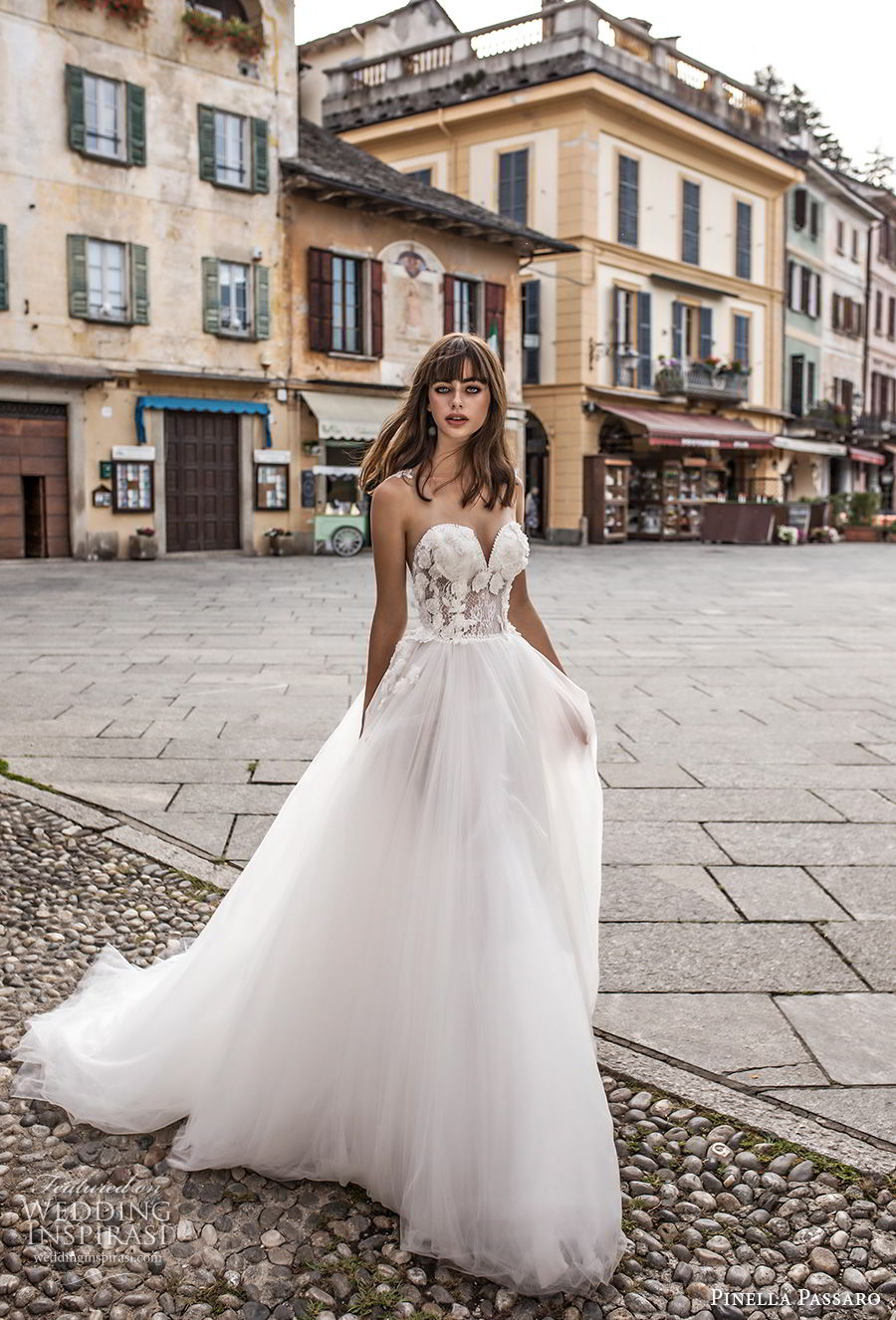 pinella passaro 2018 bridal strapless sweetheart neckline heavily embellished bodice tulle skirt romantic a line wedding dress chapel train (2) mv