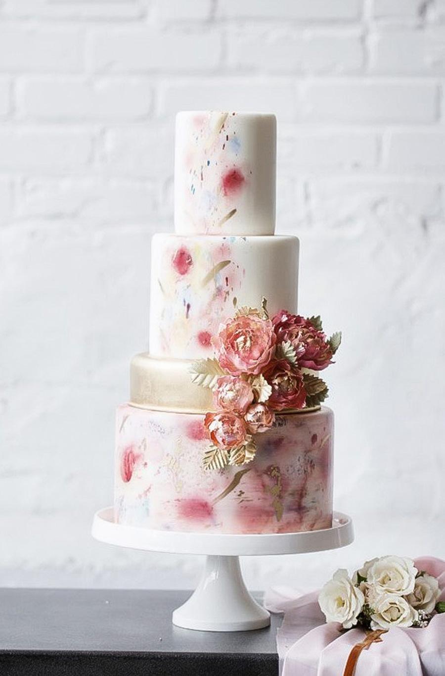 Wedding Cakes We Love This Year  Wedding Inspirasi