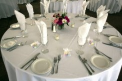 Linens and Tablecloths, photo by DeLane Robinson photography, WeddingLDS.com
