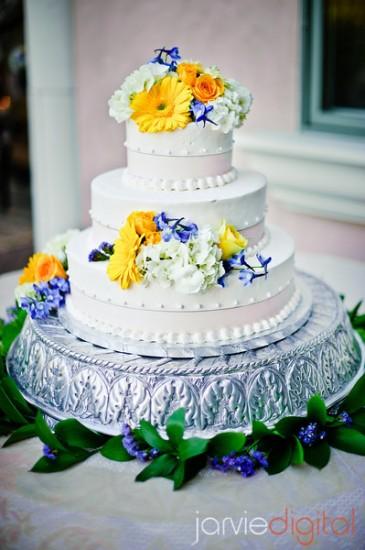 Wedding Cake Decorators for LDS wedding receptions