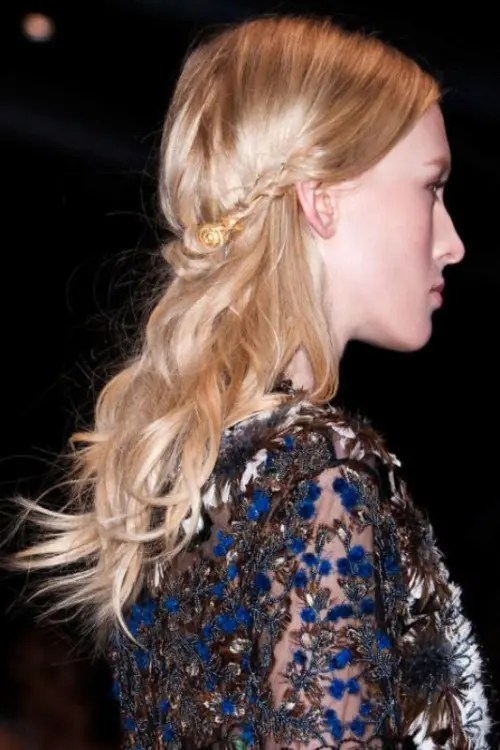 16 Summer Wedding Hairstyles To Copy From The Runway - crazyforus