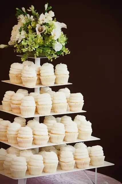 how to make gigi s wedding cake cupcake creative wedding mini dessert stand ideas crazyforus 15951