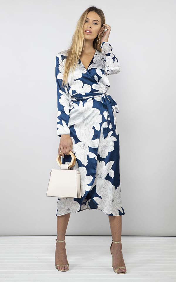 Yondal dress in navy bloom