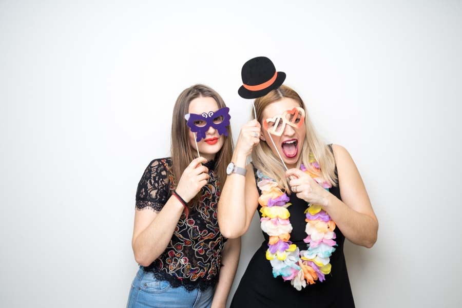 fun pictures at a wedding