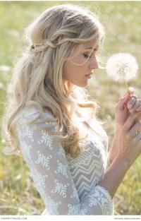 10 Romantic Wedding Hairstyles