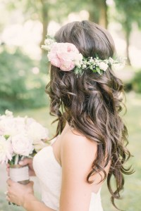 Wedding Hairstyles: 15 Fab Ways to Wear Flowers in Your