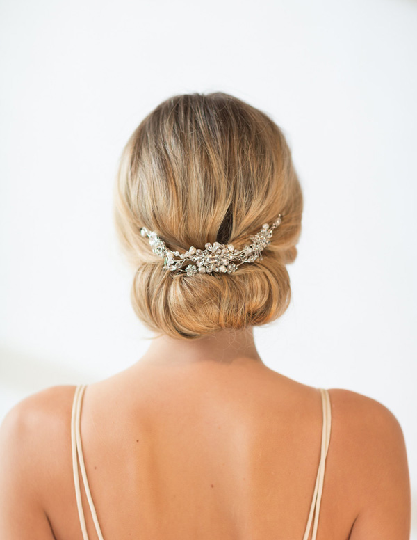 20 Stunning Bridal Hair Accessories Weddingsonline