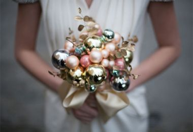 14 Fabulously Festive Christmas Wedding Ideas