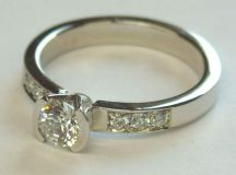 26 Incredible Engagement Rings images 25