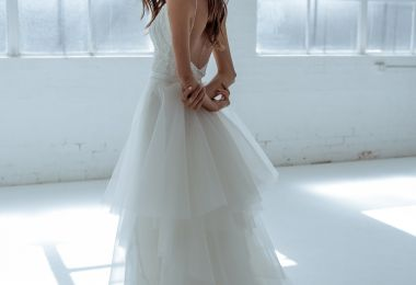20 Dreamy Winter Wedding Dresses