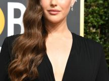 10 Fab Beauty Looks from the 2018 Golden Globes images 7