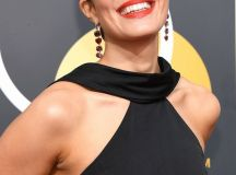 10 Fab Beauty Looks from the 2018 Golden Globes images 2