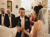 Purple Reign – Amy & Noel's Landmark Hotel Wedding by Alex Zarodov Photography images 11