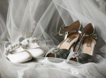 A Glittering Winter Wedding at The Keadeen Hotel images 1