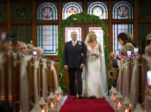A Stylish Bridge House Hotel Wedding by Darren Byrne Photography & Film images 18