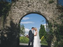 A Stylish Bridge House Hotel Wedding by Darren Byrne Photography & Film images 49