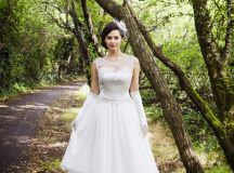 Ask the Experts: What Type of Dress Should I Choose for a Destination Wedding? images 8