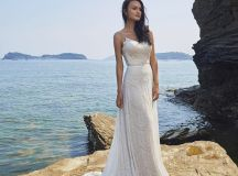Ask the Experts: What Type of Dress Should I Choose for a Destination Wedding? images 2