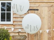 24 Brilliant Decor Buys You'll Want for Your Wedding images 21