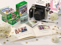 13 Gorgeous Wedding Guest Books You Can Pick Up Now! images 10