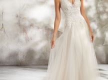 Ask the Experts: What Type of Dress Should I Choose for a Destination Wedding? images 5