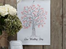 13 Gorgeous Wedding Guest Books You Can Pick Up Now! images 12