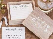 13 Gorgeous Wedding Guest Books You Can Pick Up Now! images 5