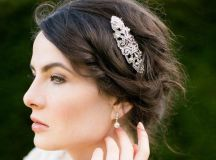 20 Beautiful Hair Combs for Vintage-Loving Brides images 0