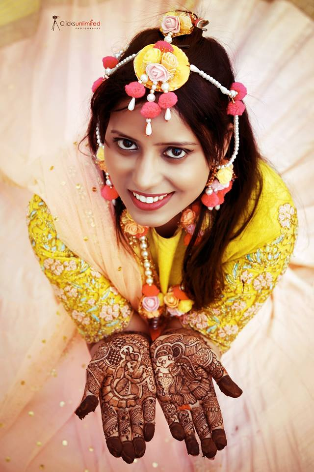 look photogenic in your wedding photos