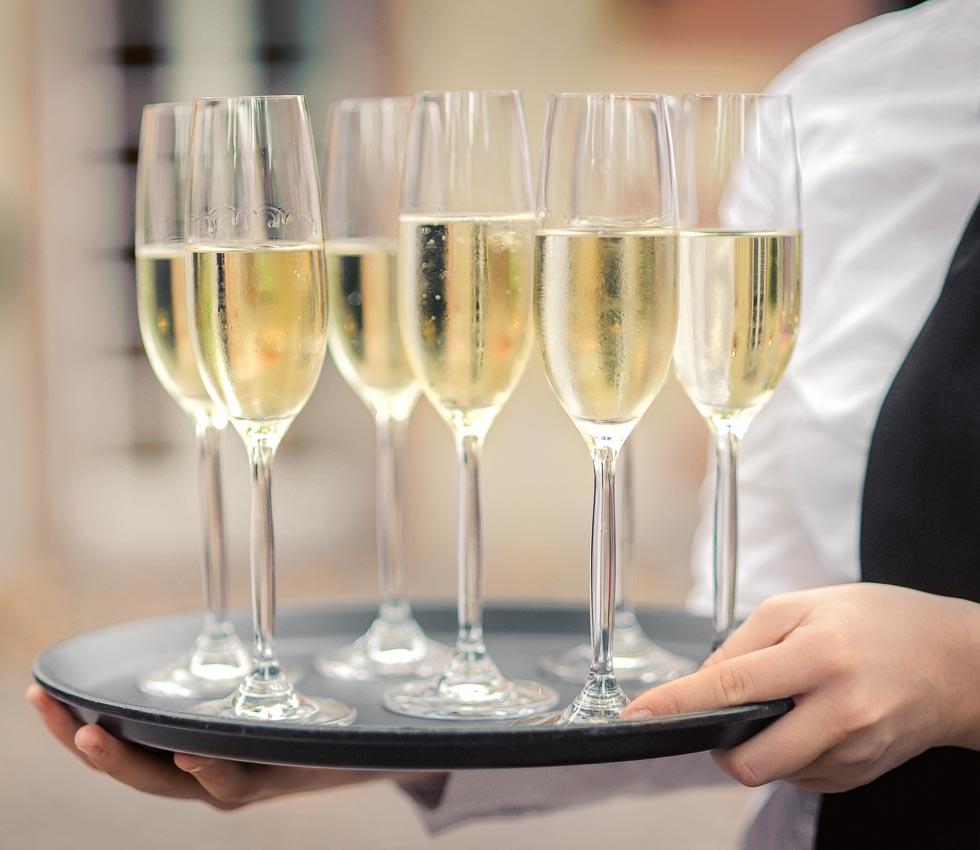 Sektempfang zur Hochzeit  Tipps  Ideen