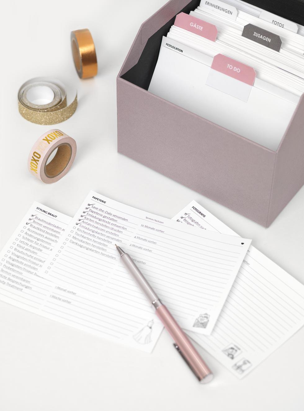 Hochzeitsordner und Checklisten fr die Hochzeitsplanung