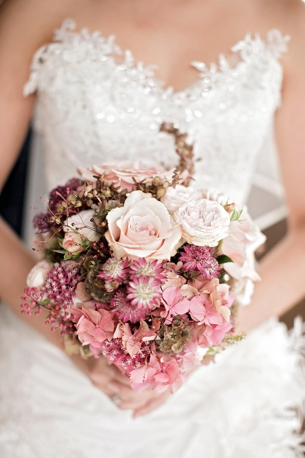 Hochzeitsstrauss Altrosa