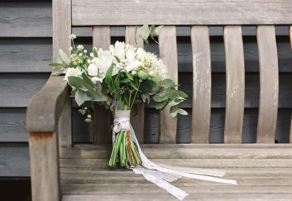 Hochzeitskonzept Vintage Hochzeit mit GreeneryElementen