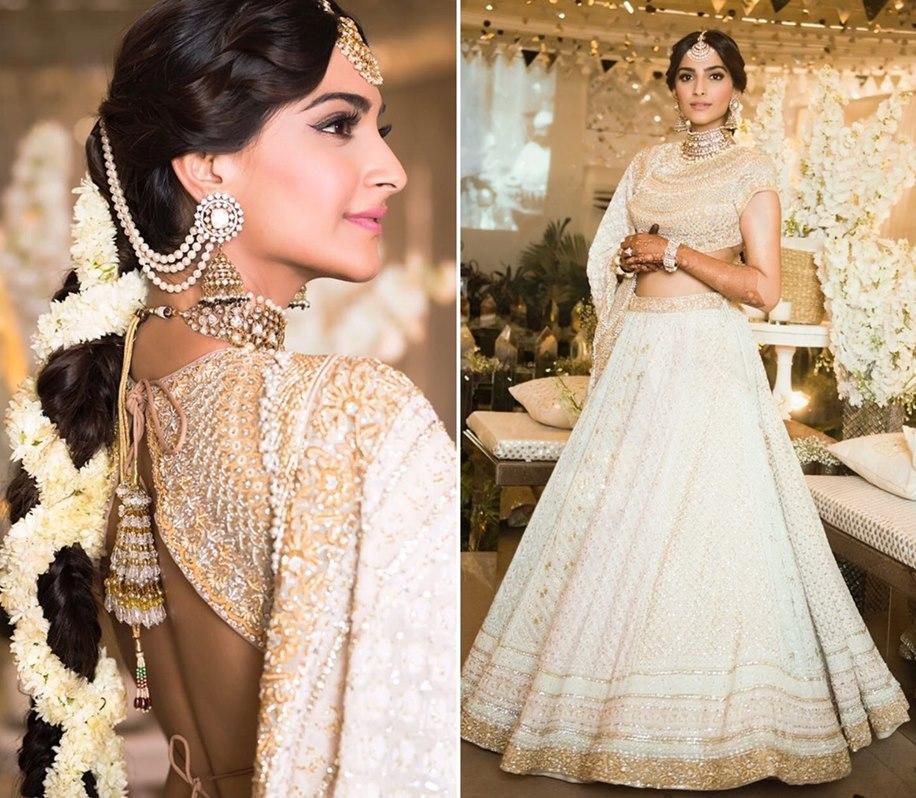 Sonam Kapoor in her Mehndi Outfit