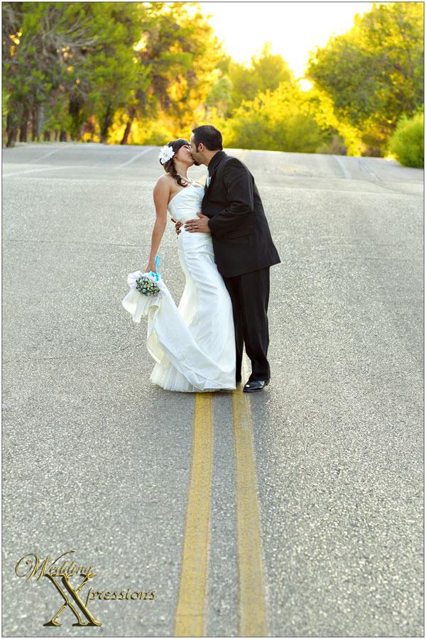 wedding kiss in el paso tx